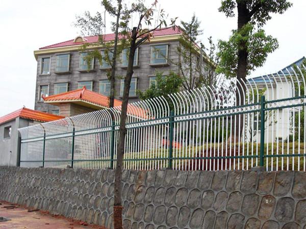 锌钢护栏施工案例