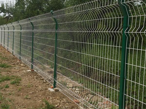 护栏网施工案例